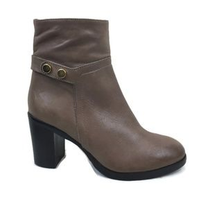 Charles David Ankle Boots Tan Size 5